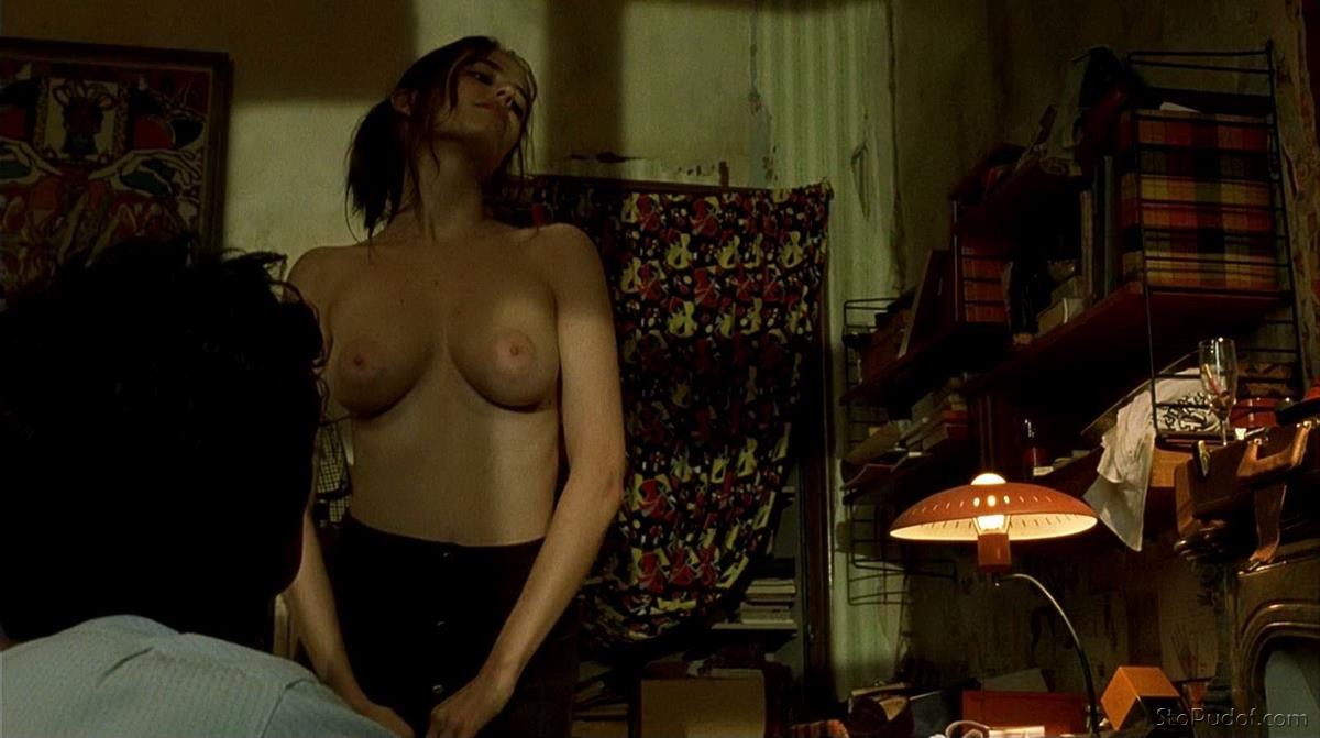 the nude pics of Eva Green - UkPhotoSafari