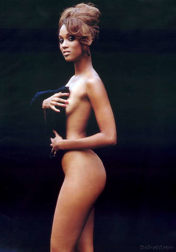 the nude pics of Tyra Banks - UkPhotoSafari