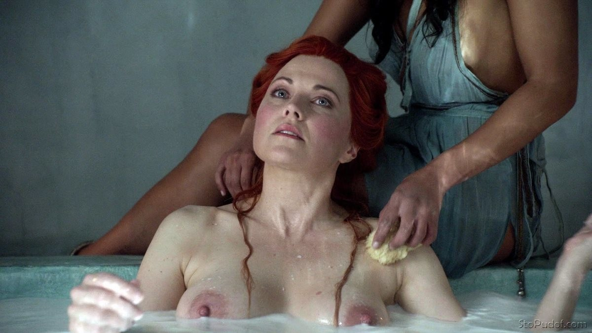 the photos of Lucy Lawless nude - UkPhotoSafari
