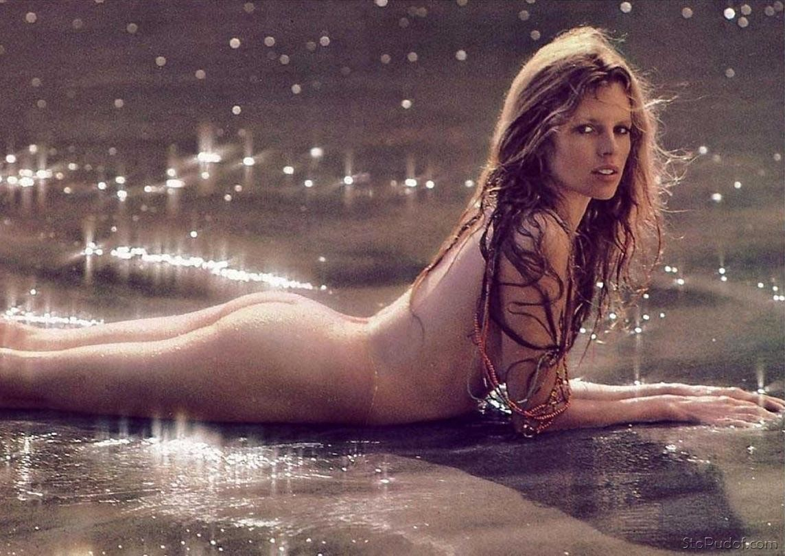 the pictures of Kim Basinger naked - UkPhotoSafari