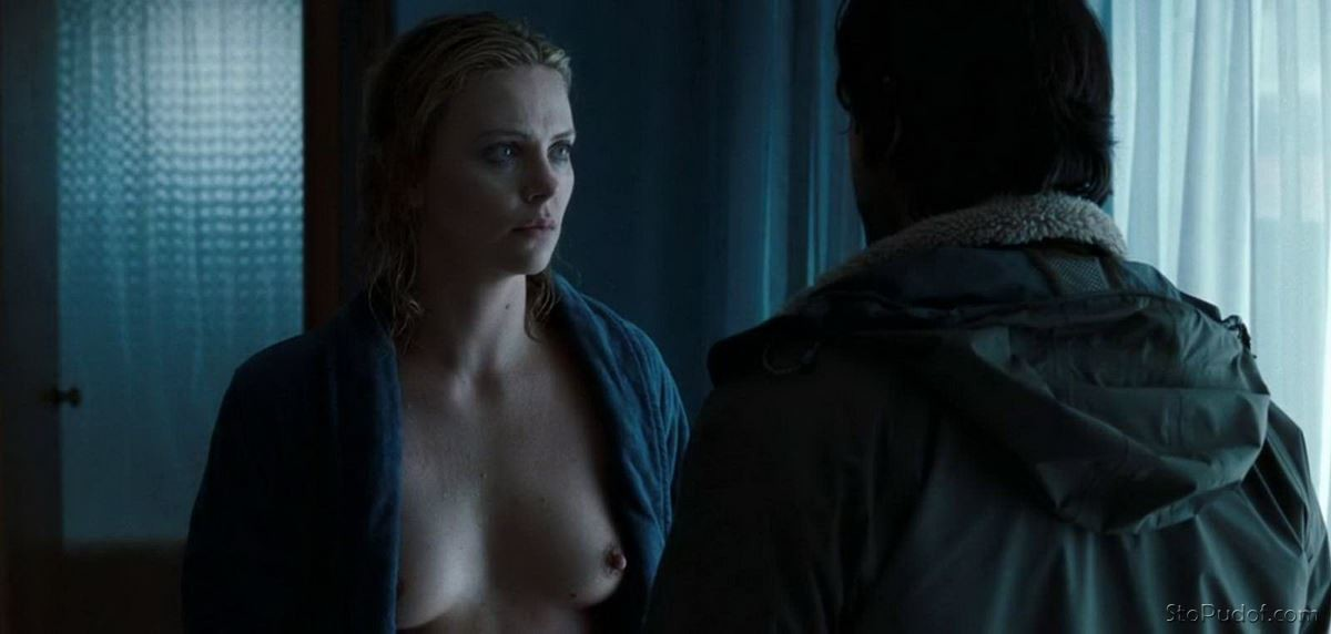 view naked Charlize Theron - UkPhotoSafari