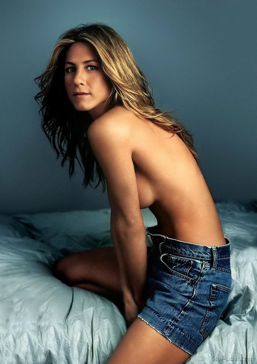 view nude photo of Jennifer Aniston - UkPhotoSafari