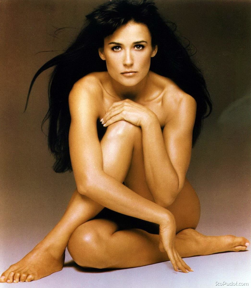 Nude photos of demi moore