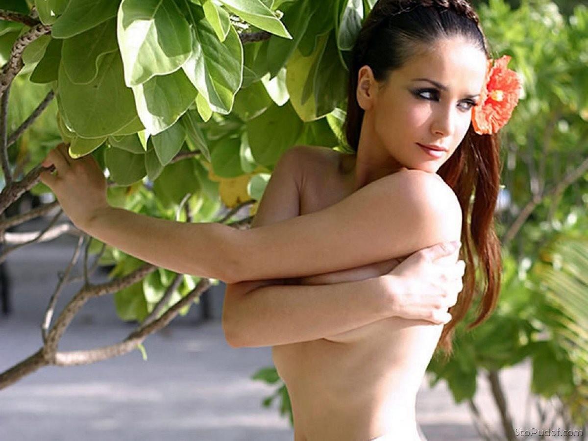 Natalia oreiro topless