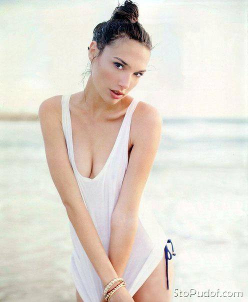 who has Gal Gadot nude photos - UkPhotoSafari